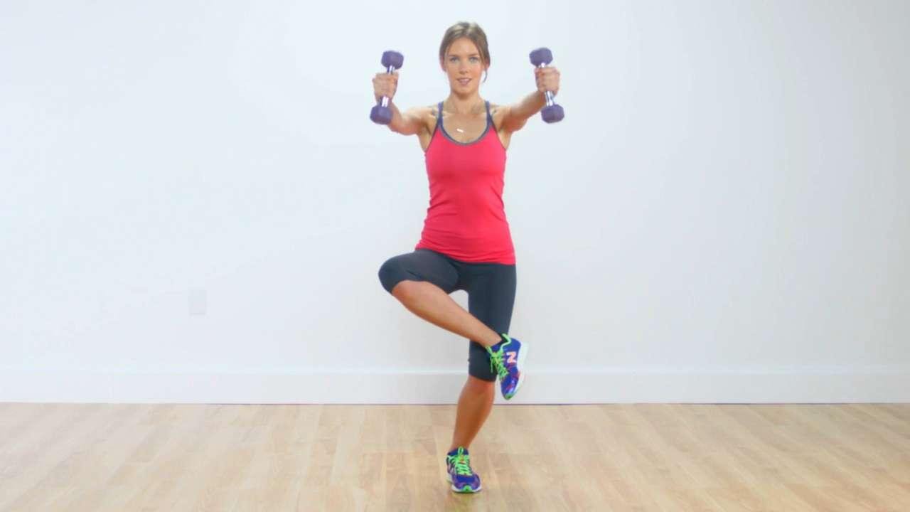 Figure 4 squat with front shoulder raise