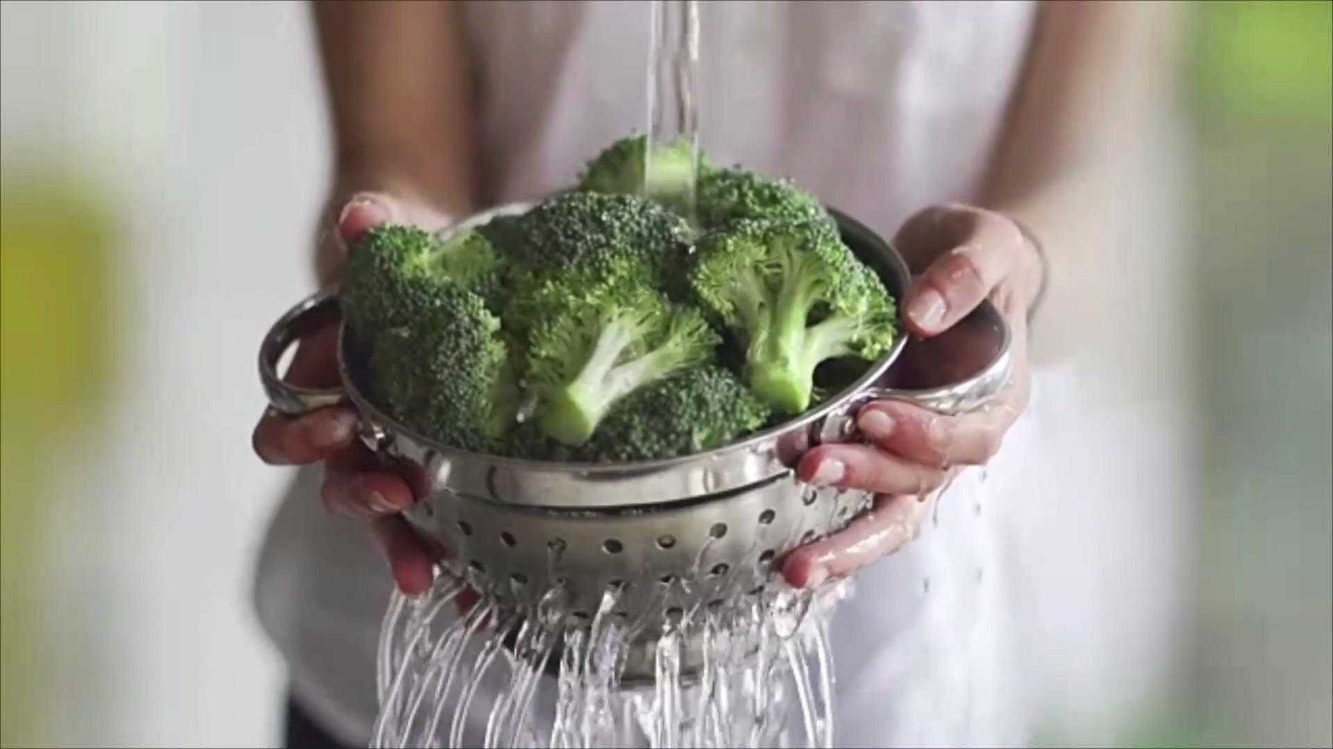 4 Easy Ways to Perfectly Cook Broccoli