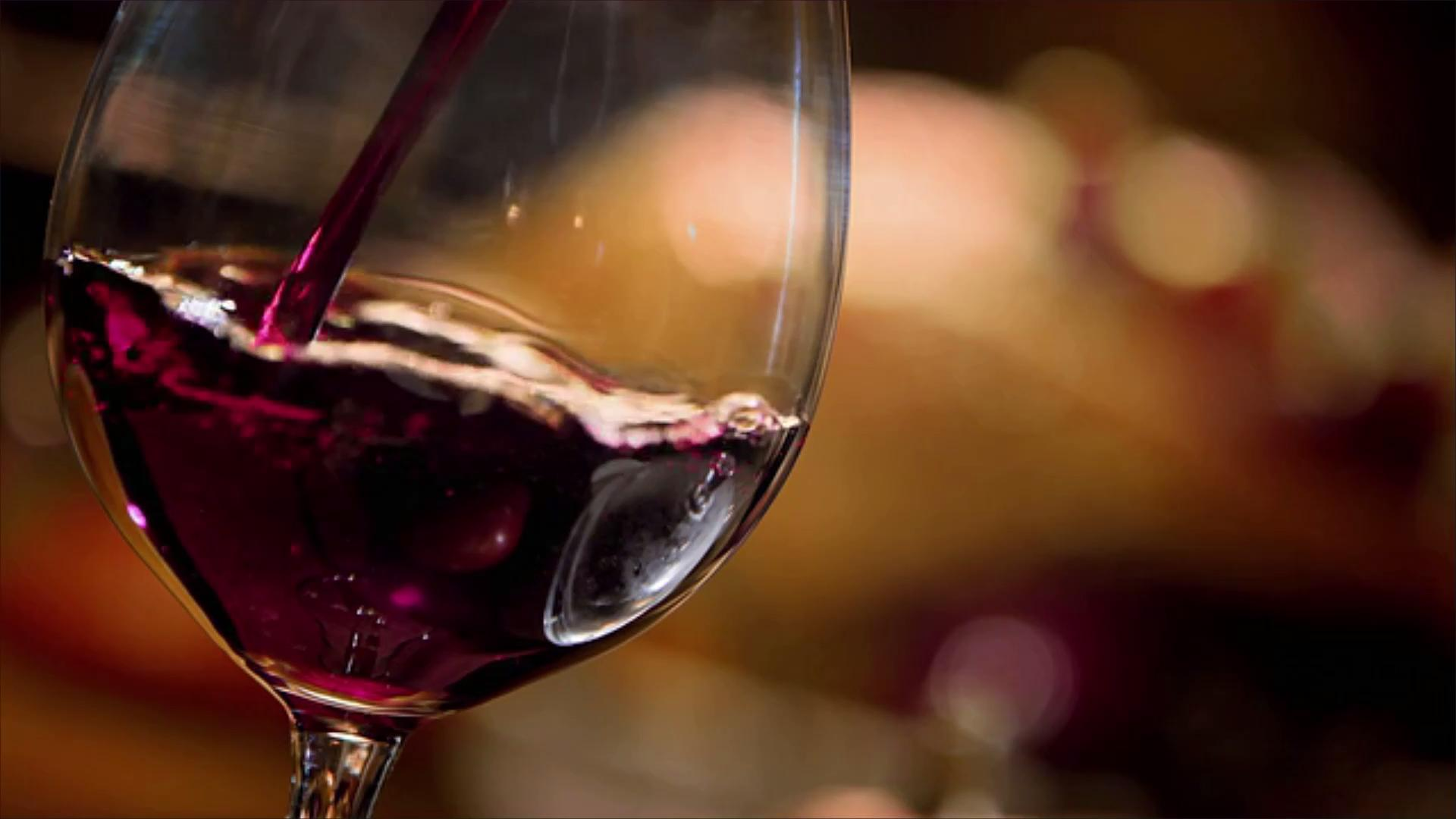 6 Thanksgiving Wines to Drink Under $30