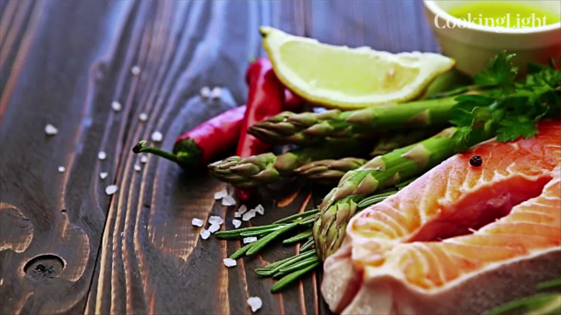 A Nutritionist Weighs in on 13 TrendySuperfoods: How Super Are They?