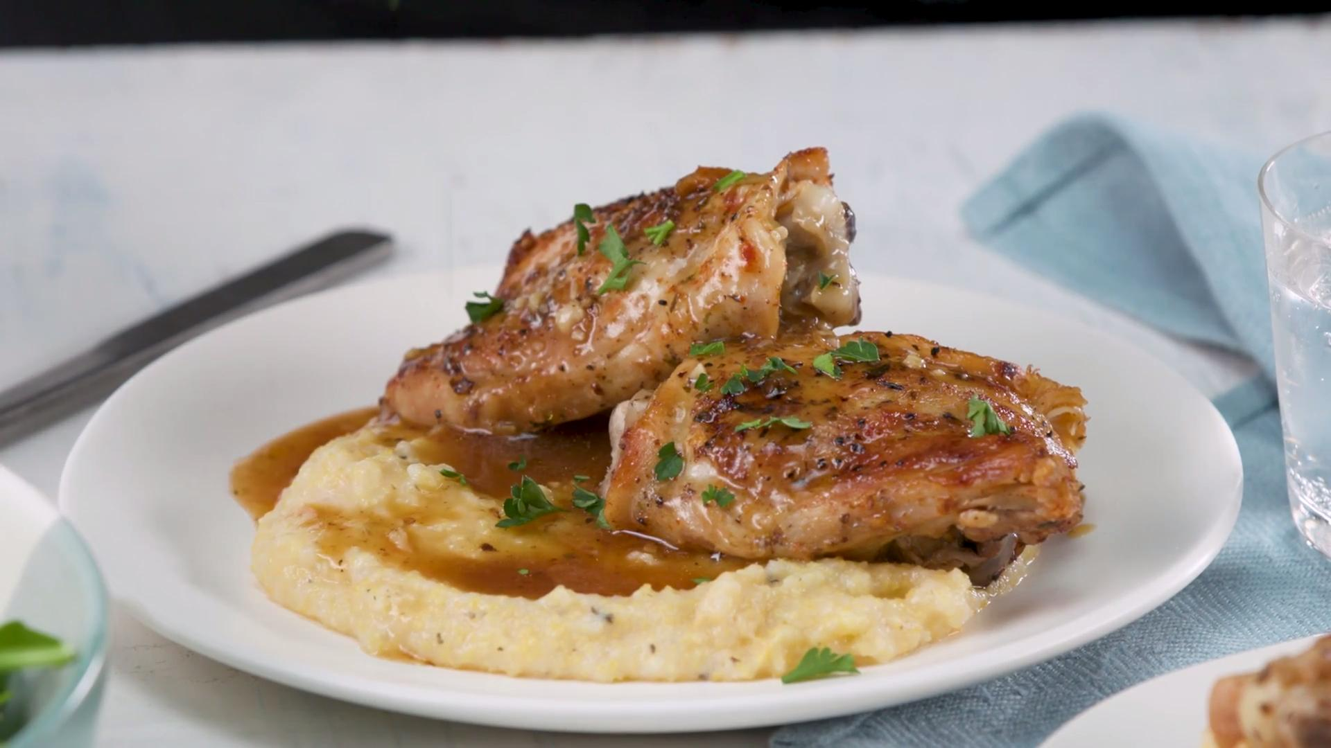 How to Make Instant Pot Garlic Chicken Thighs with Gravy - Cooking