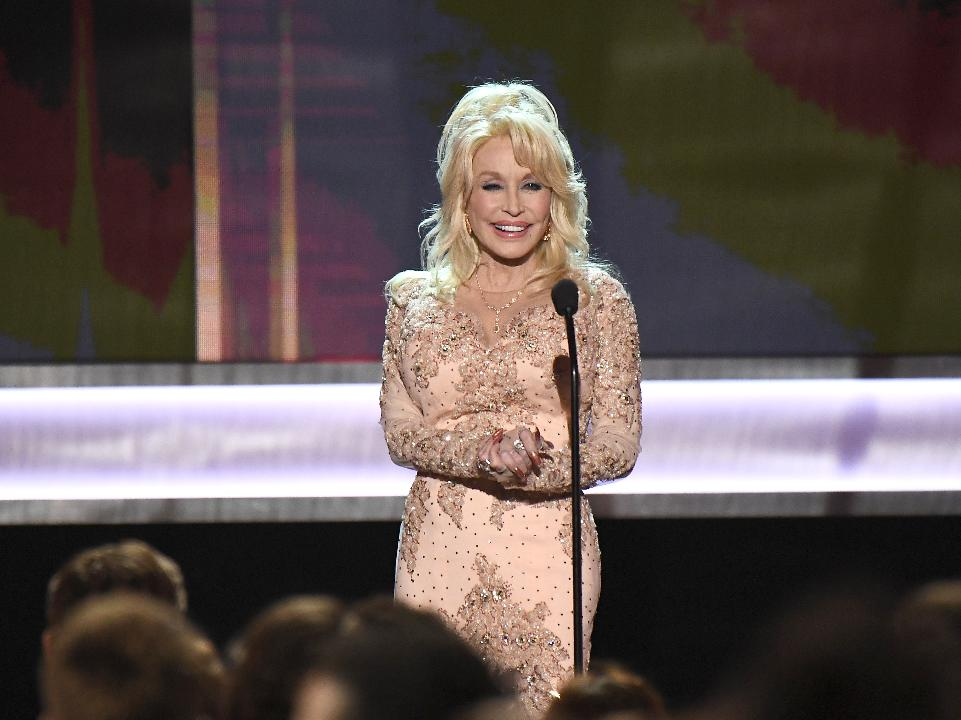 Dolly Parton: How She Makes a Livin'