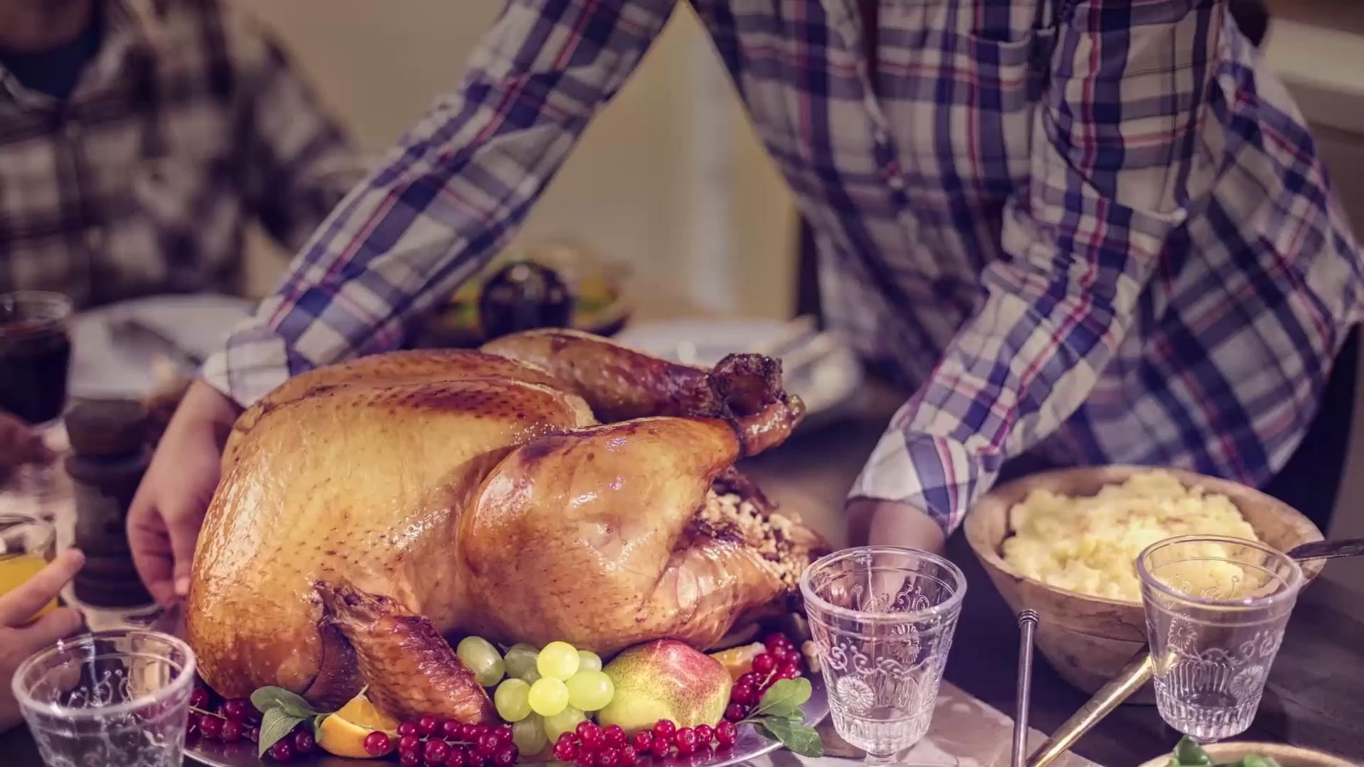 What you need to know before you buy a Thanksgiving turkey