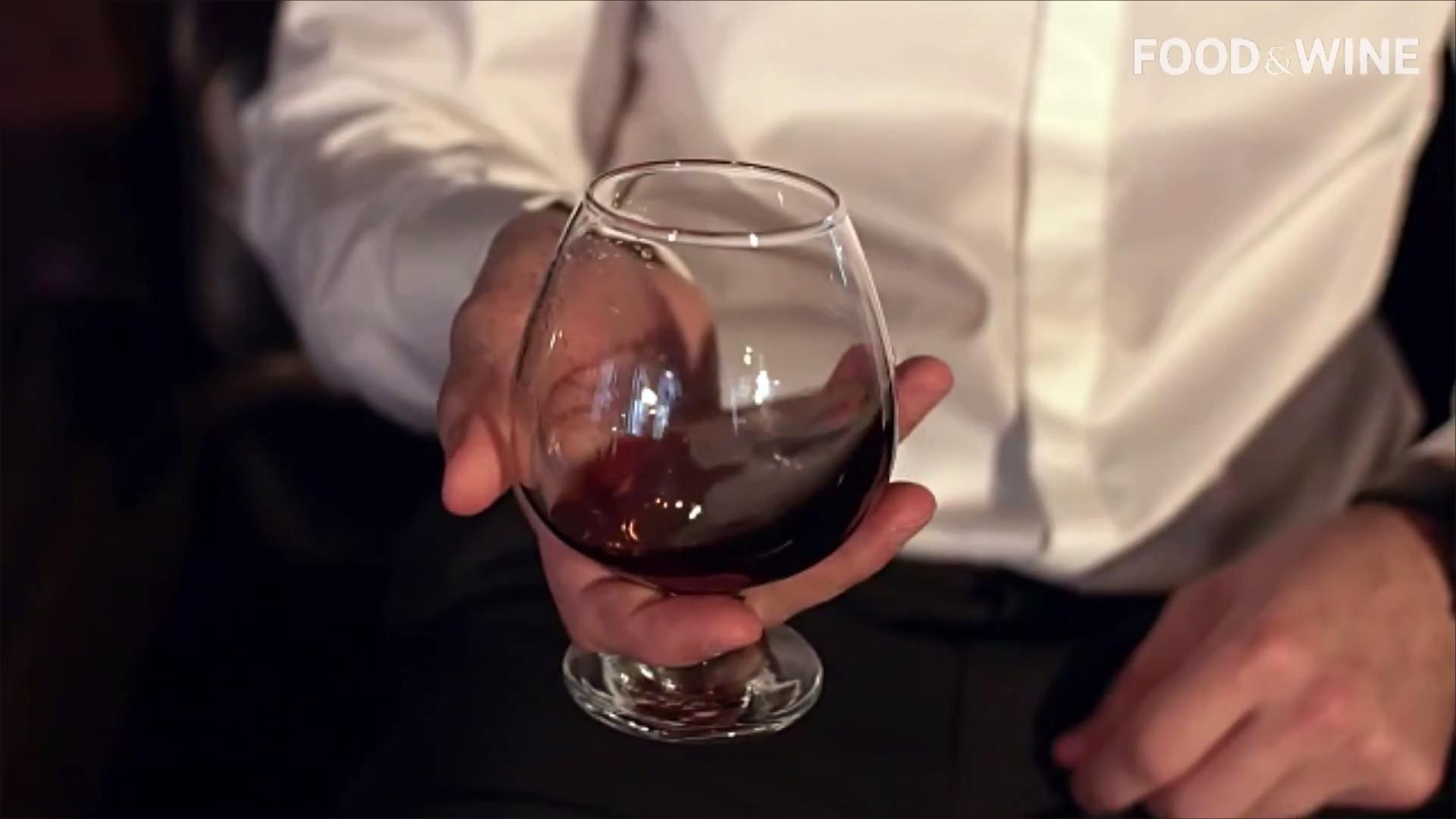 Whiskey Lovers, Here's Why You Should Be Drinking Cognac Instead