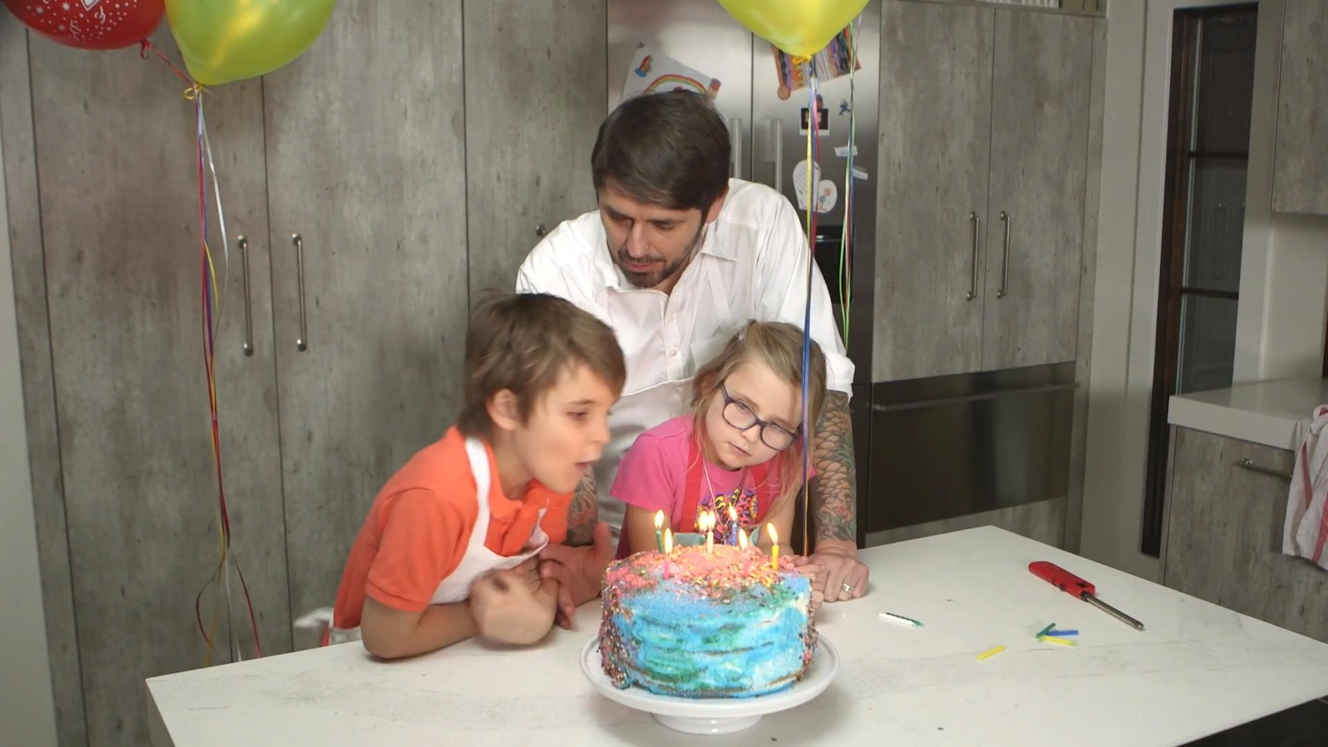 How to Make a Kid-Friendly Birthday Cake