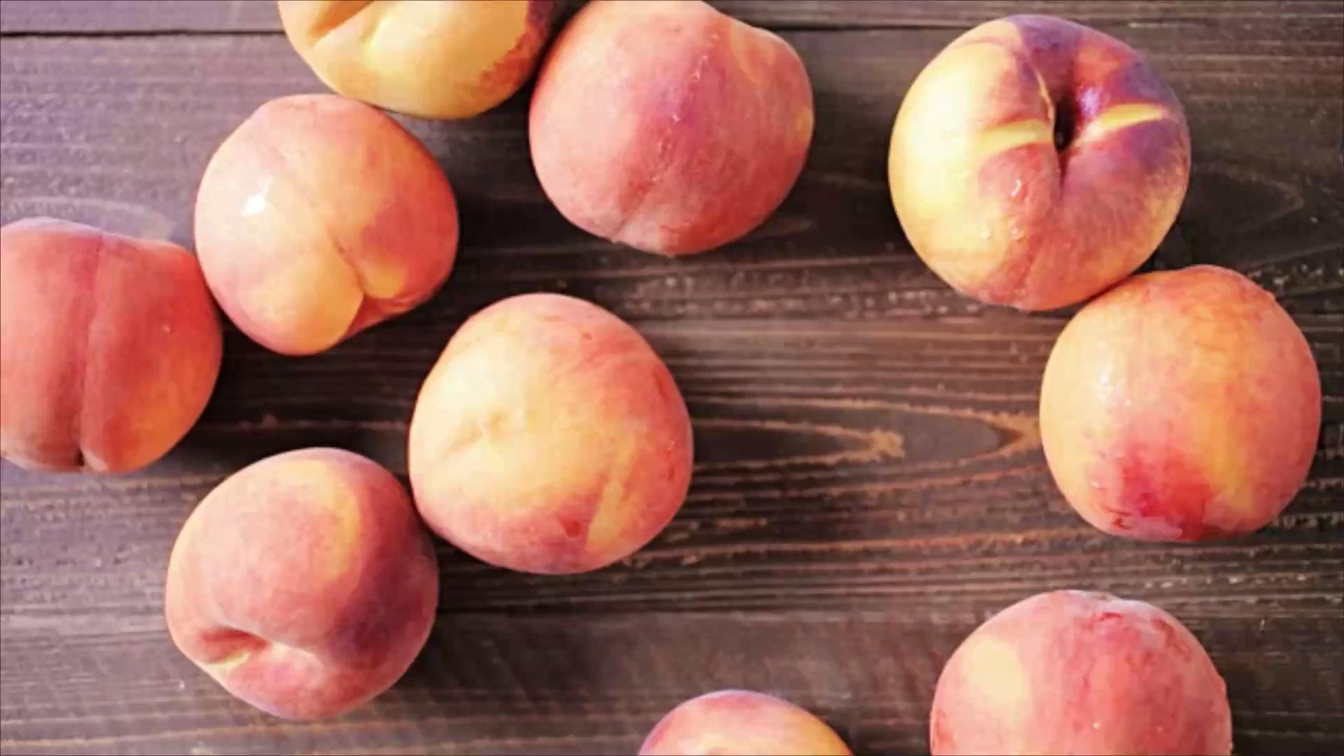 Peach Desserts to Make Before It's Too Late