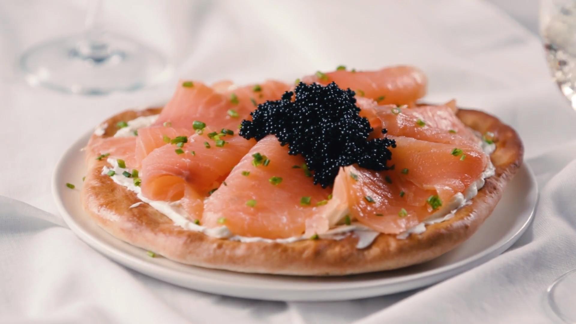 Pizza with Smoked Salmon, Crème Fraîche and Caviar
