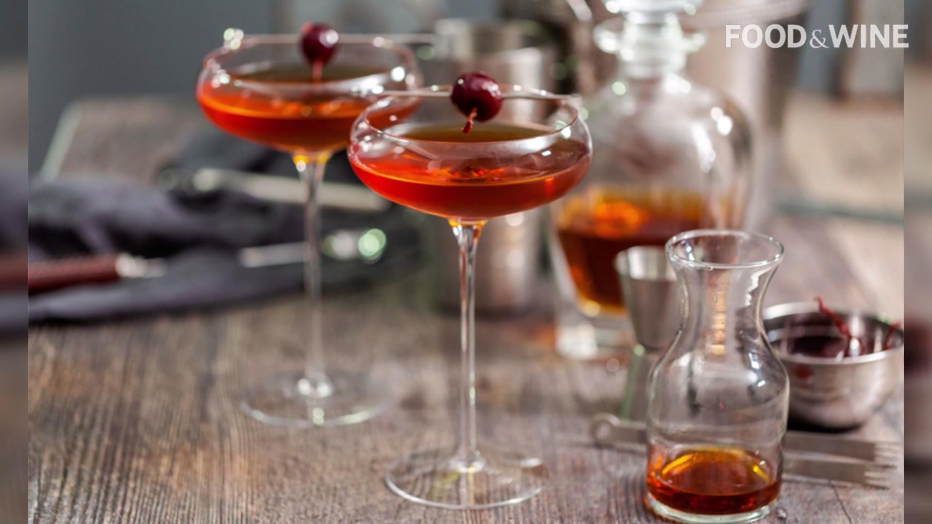 11个基本黑麦威士忌酒内阁
