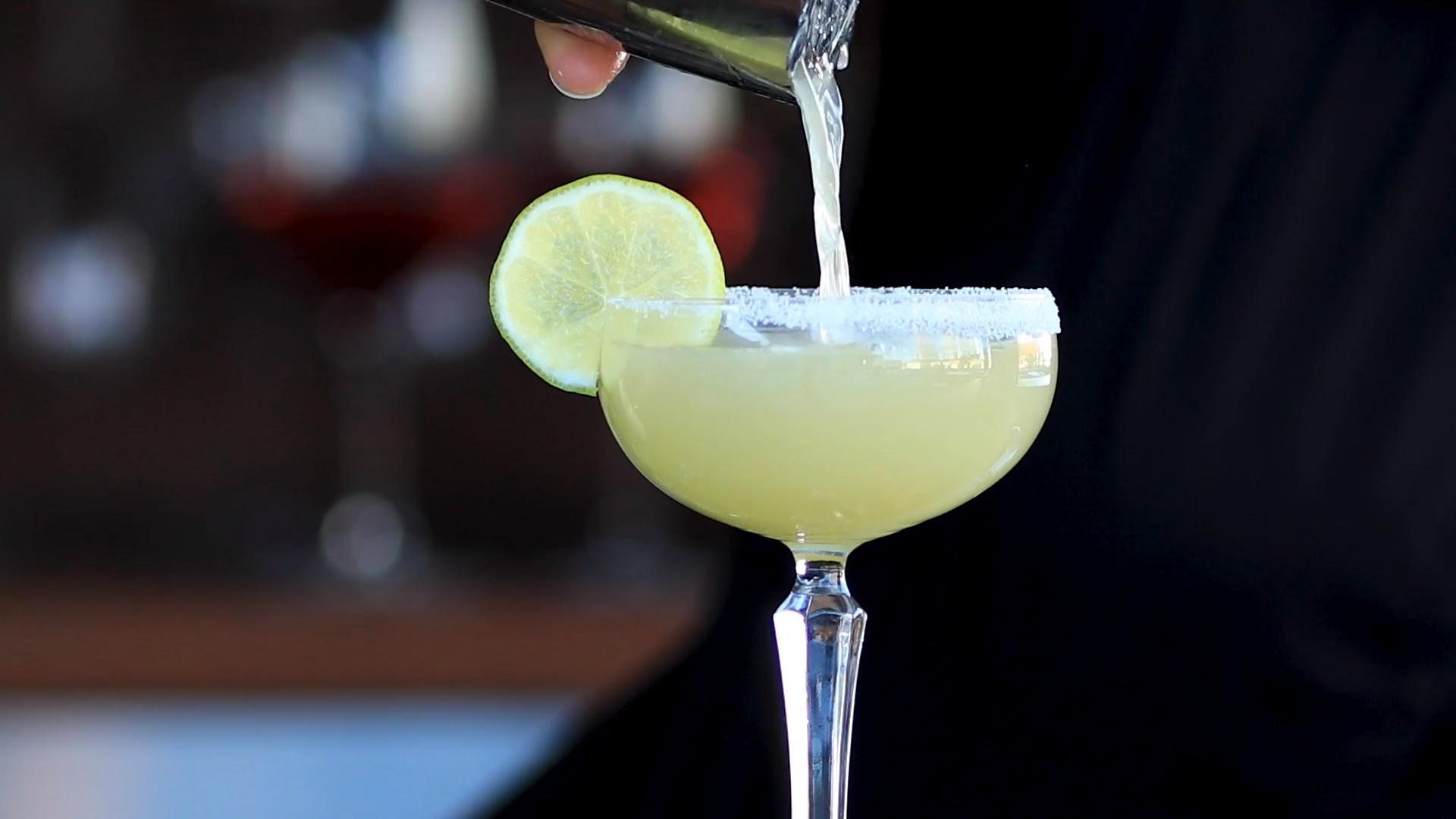 How to Make a Margarita (and 5 Mistakes to Avoid)