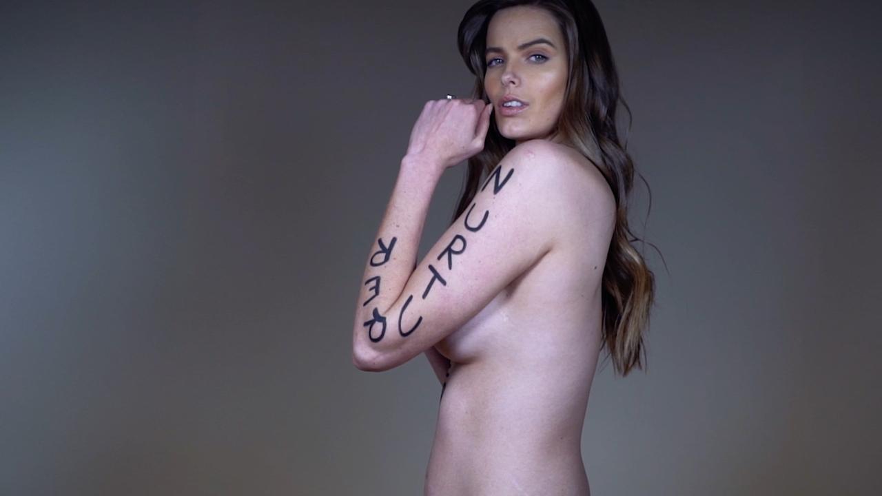 Γυμνό Si μοντέλα