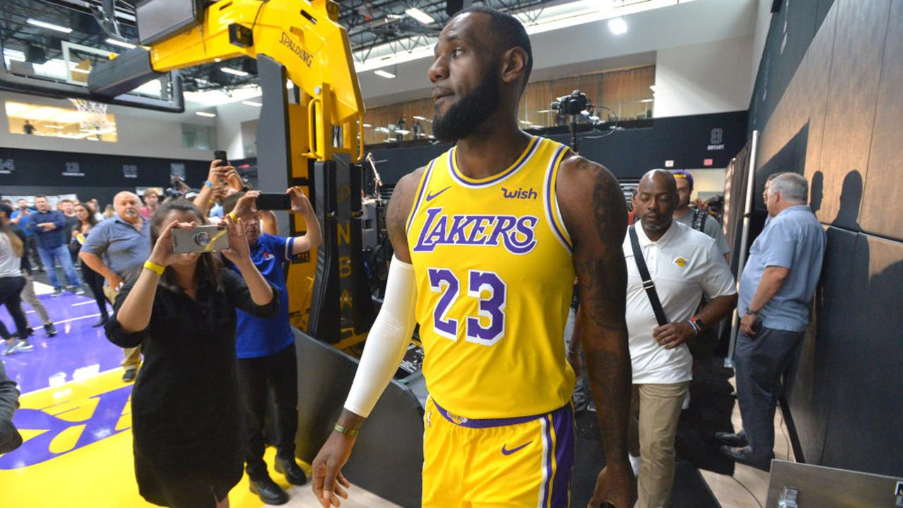 6391bbd18b8 LeBron James Captivates in Los Angeles Lakers Debut Against Nuggets | SI.com