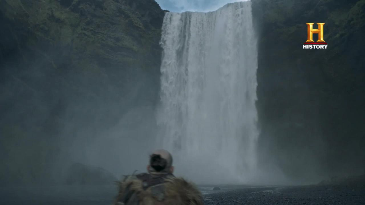 Risultati immagini per floki sees Loki in the waterfall