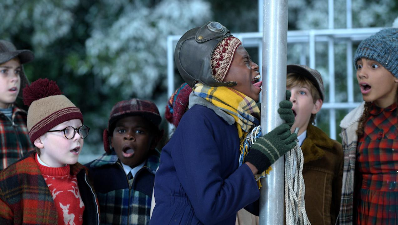 A Christmas Story Live misses the light fun of the classic: EW ...