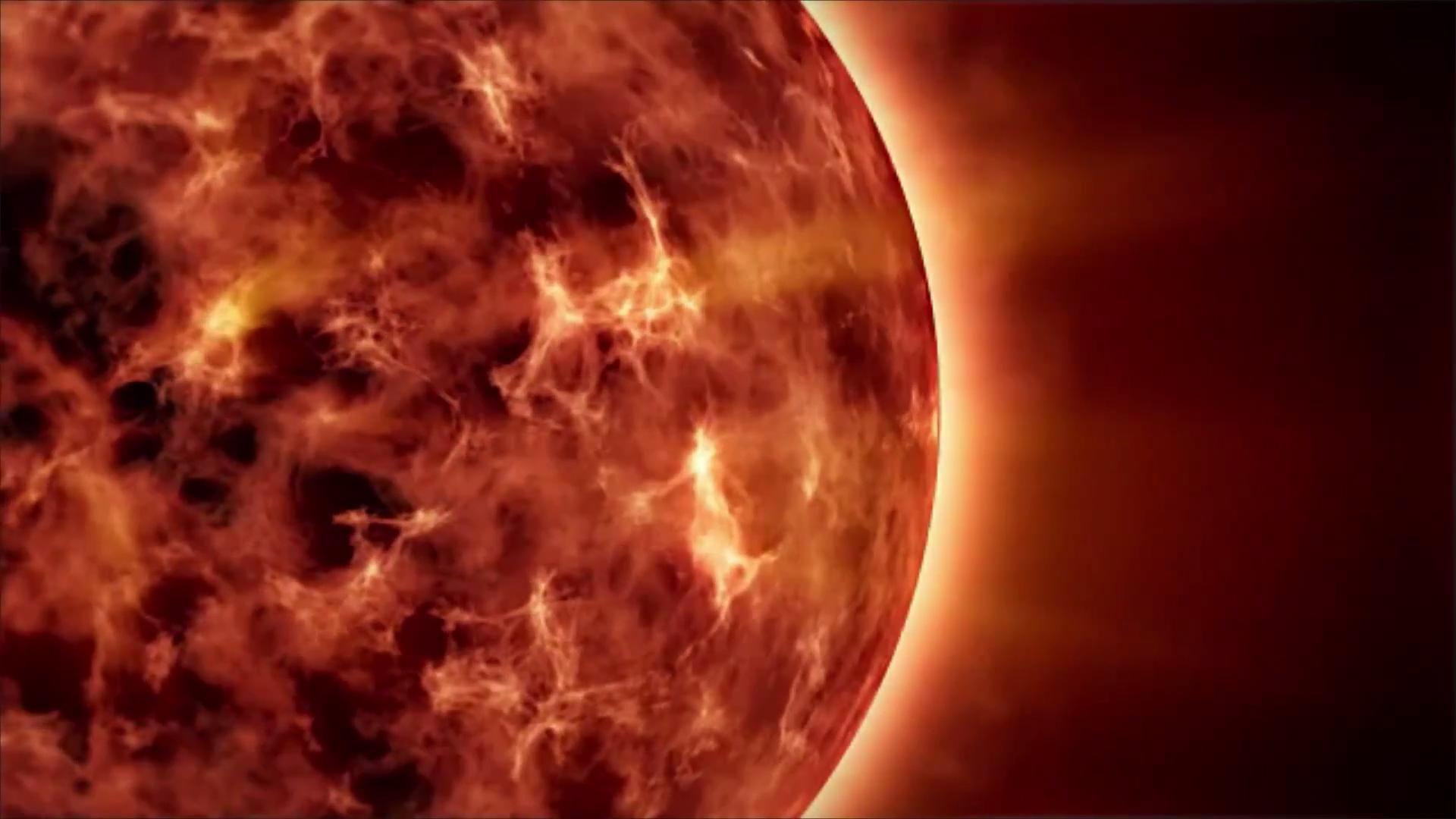 A Solar Storm Is Expected to Hit Earth on Thursday, Bringing the