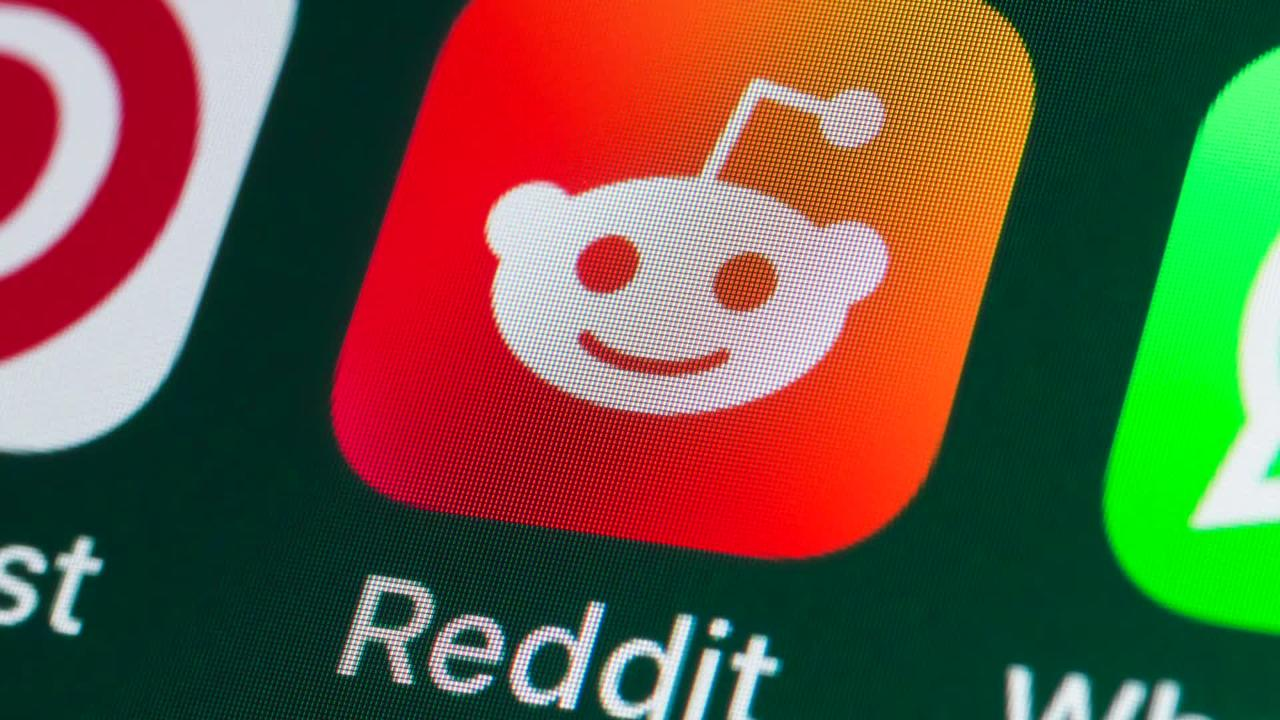 Chinese Company's Reddit Investment Angers Users Who Fear