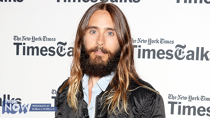 a4ef7213be49 Jared Leto Wears High Heeled Boots on Red Carpet