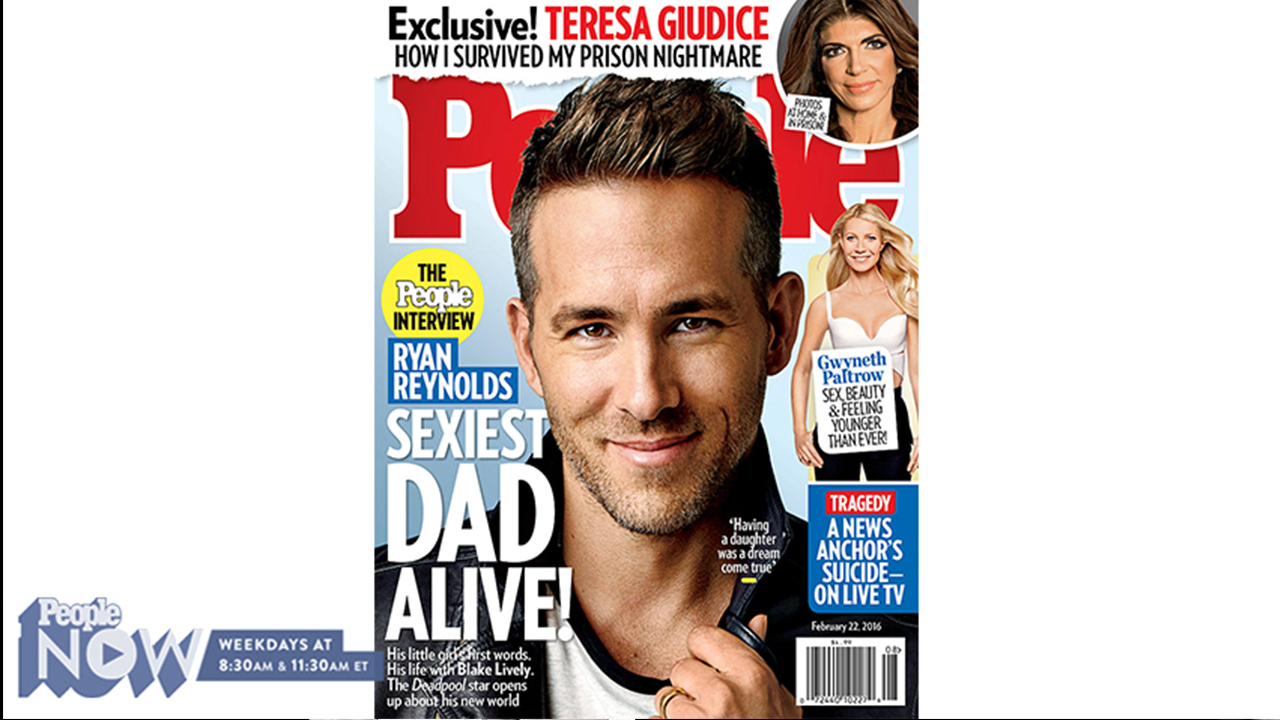 Ryan Reynolds is voted the sexiest man on the planet 11/17/2010 85