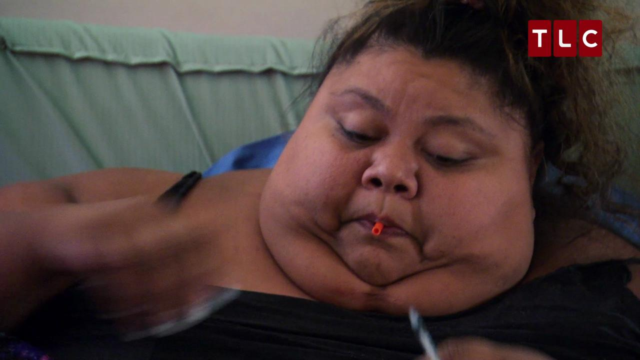 600 Lb Woman Hasnt Left Her Bed Since Going Into A Diabetic Coma