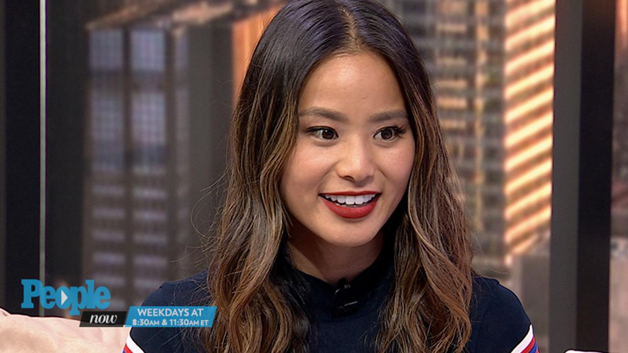 WATCH Jamie Chung\u0027s 3 Fall Fashion Trends to Look Out for Including Socks  With Sandals!?