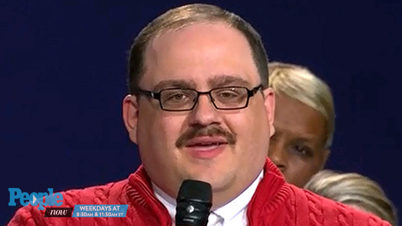 Debate Sensation Ken Bone on His Signature Style: 'My Wife Dresses ...