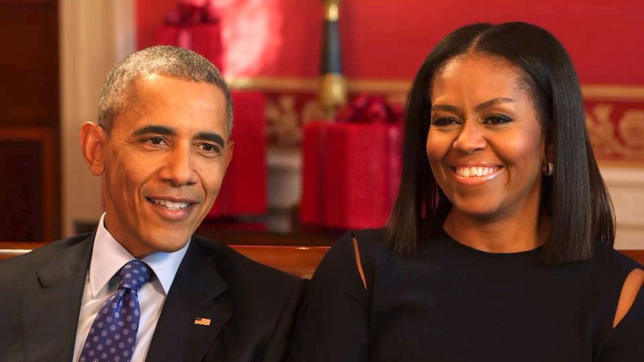 Malia and Sasha Sparkle in the Obama Family\'s New Christmas Card ...