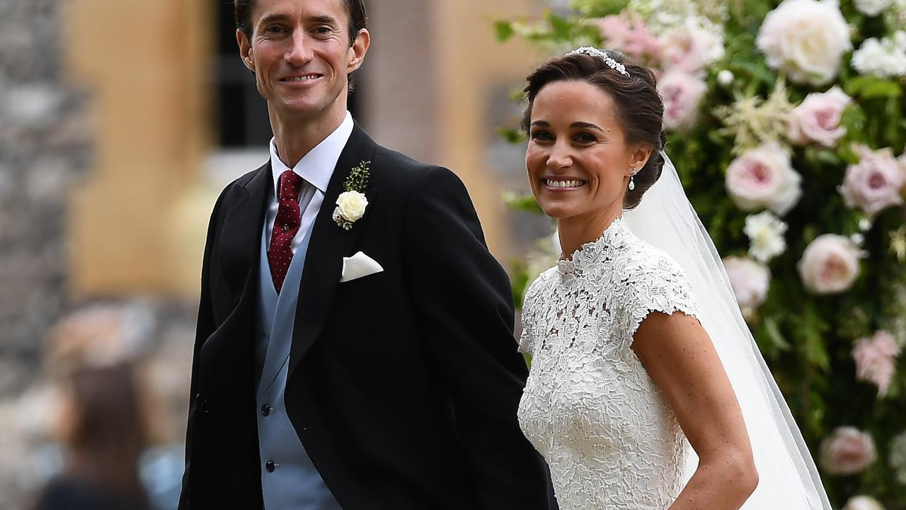 middleton rings history the best pictures royal in engagement royalty stylish kate