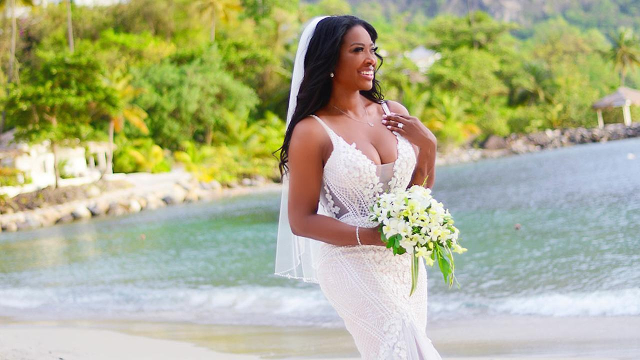 Rhoa's Kenya Moore Married All About Her Wedding Dress St Lucia Celebration People: Latest Wedding Dresses Kenya At Websimilar.org