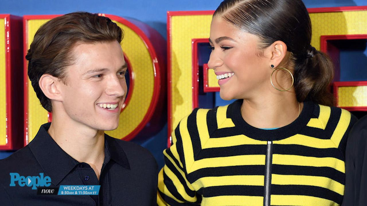 58bb85840090 Tom Holland and Zendaya Walk Around Comic Book Store Together | PEOPLE.com