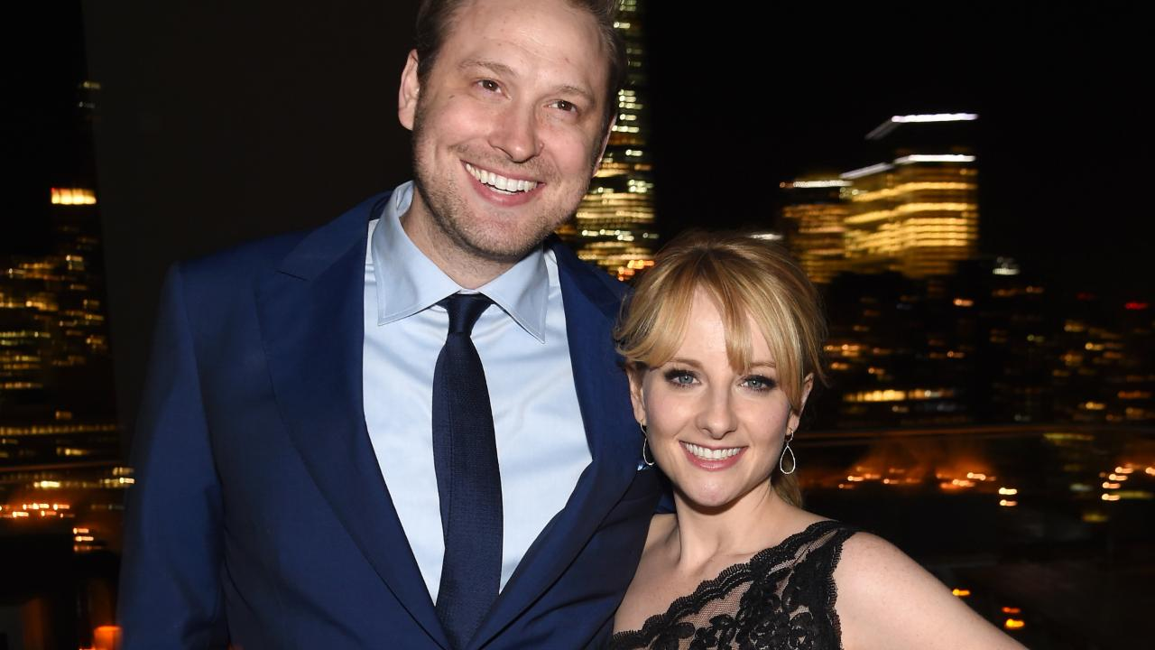 abfe8ed2461 Melissa Rauch Expecting First Child After Miscarriage