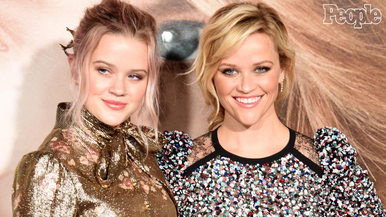 """Ava Phillippe Penned a Touching """"Just Because"""" Tribute to Reese Witherspoon"""