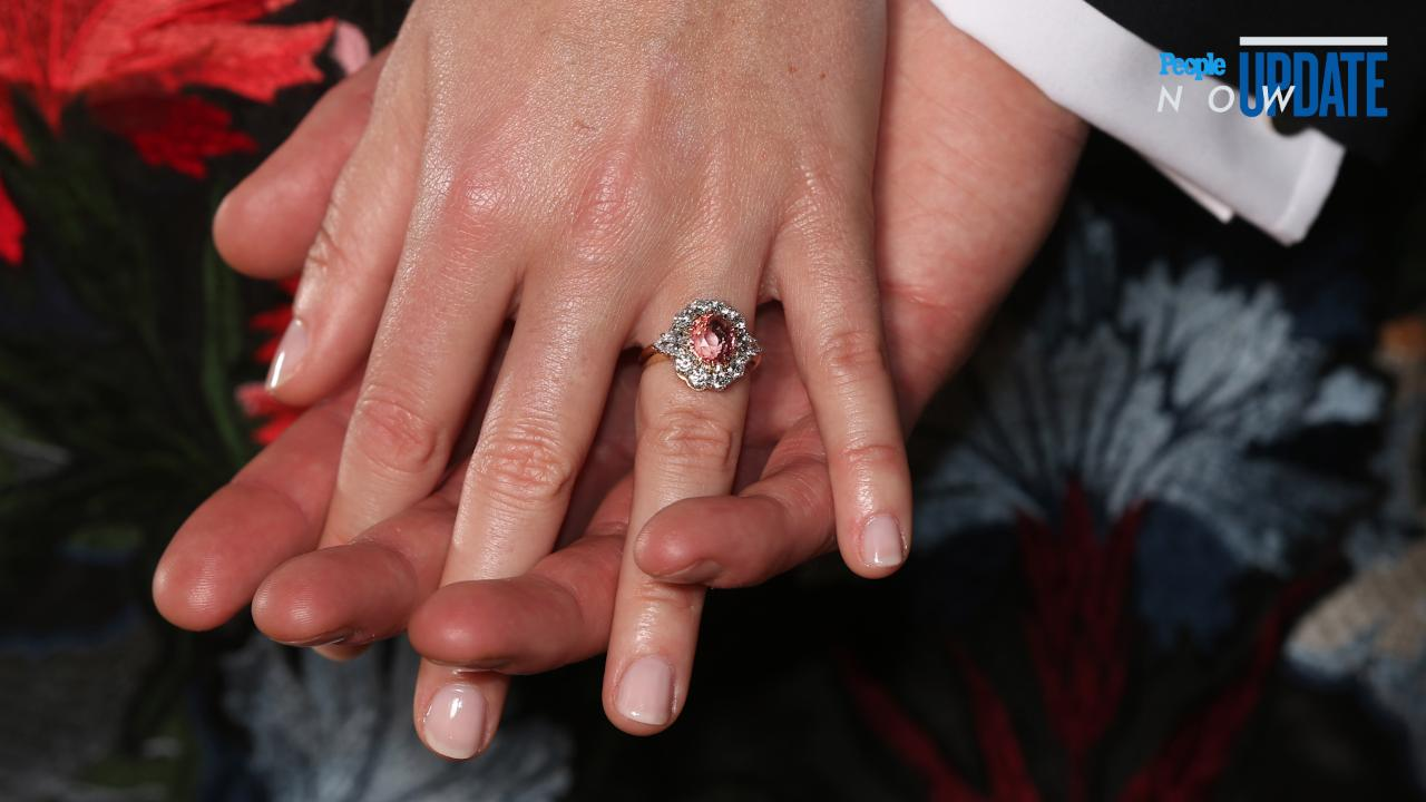 Comparing Princess Eugenie And Fergie S Engagement Rings People Com