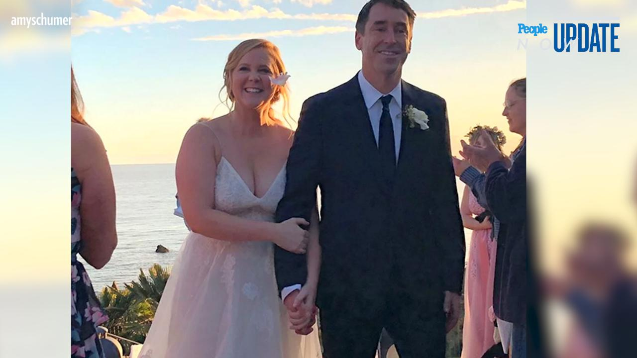 198528b13c Amy Schumer Says  It Feels F---ing Good  to Be Married