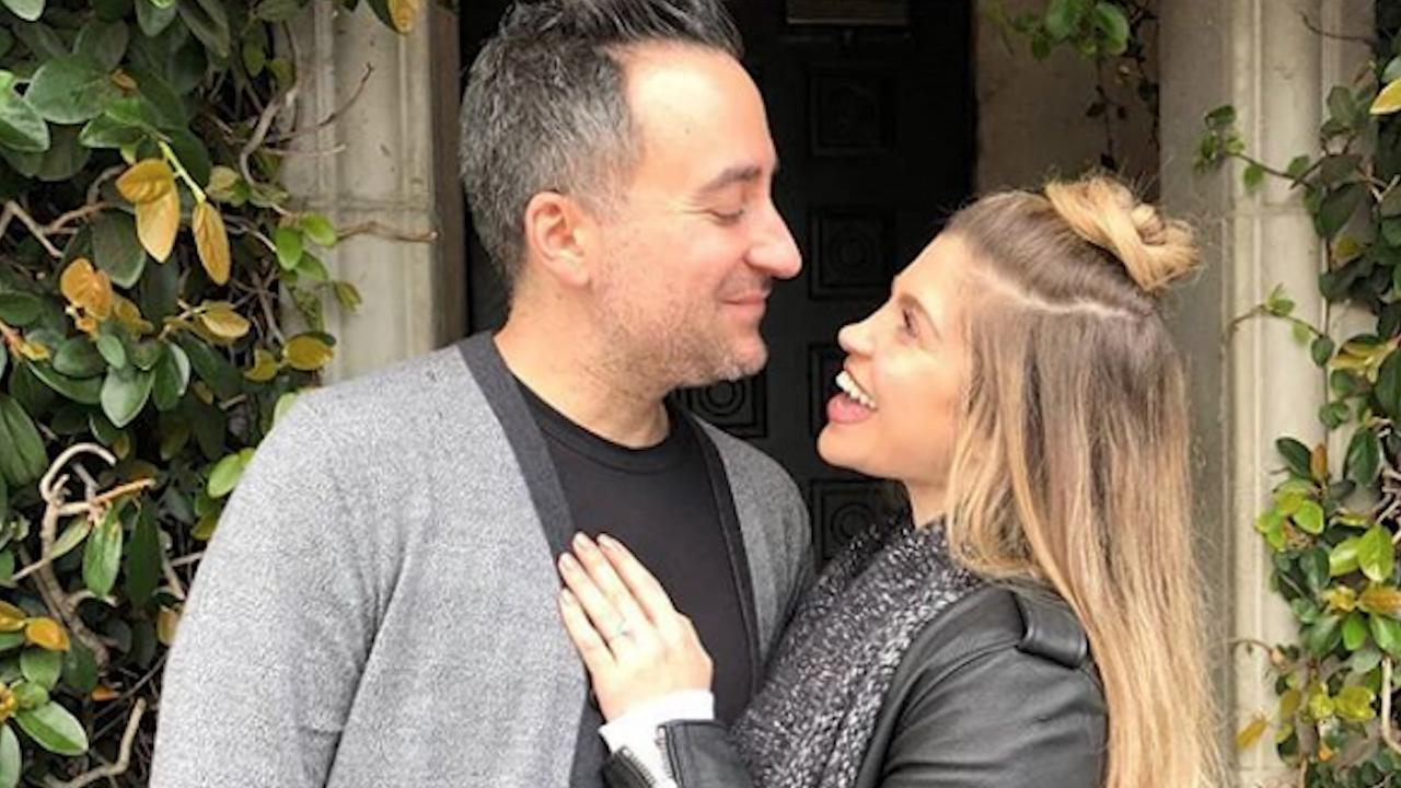 Danielle Fishel Wedding.Boy Meets World Alum Danielle Fishel Is Engaged No One Is More Excited Than I Am