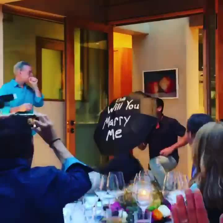 Elvis Duran Is Engaged to Longtime Boyfriend — Watch the Romantic Proposal!