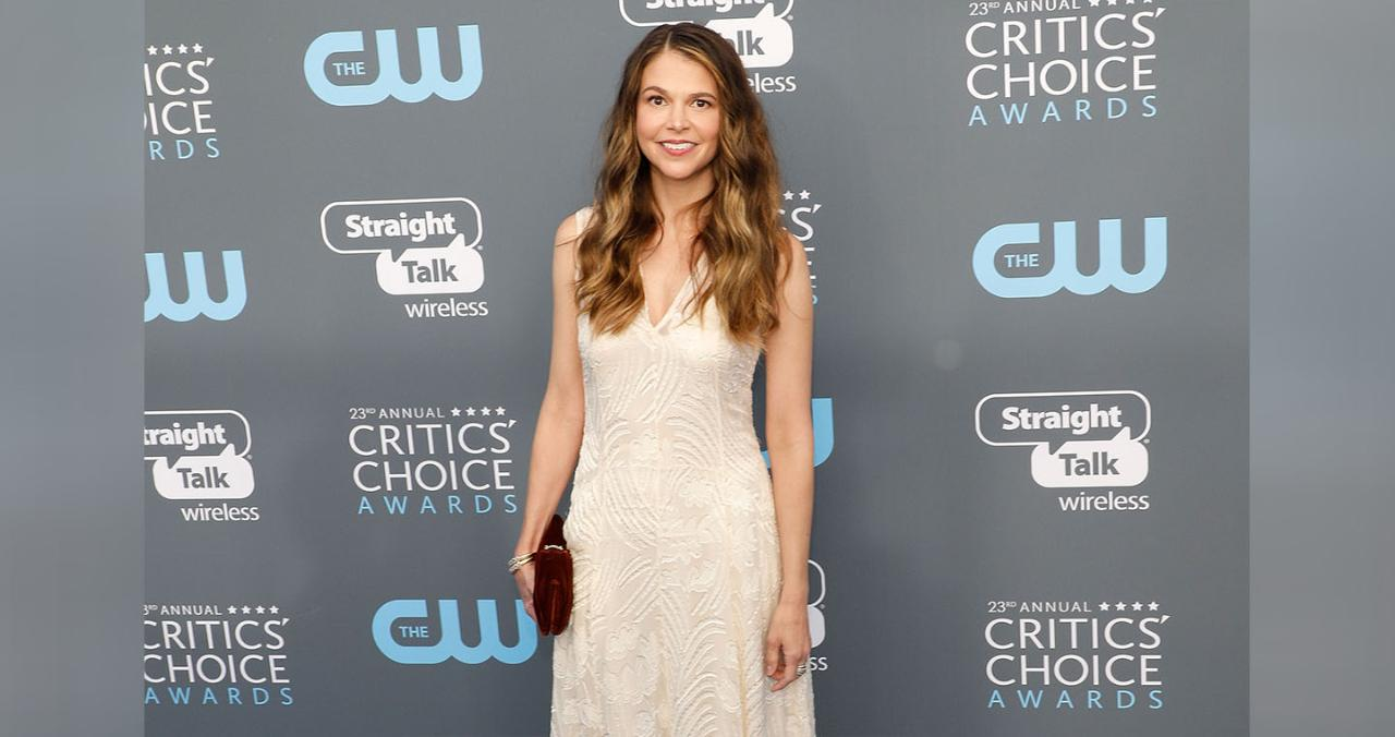 Sutton Foster on Motherhood: 'This Is the Happiest I've Ever Been'