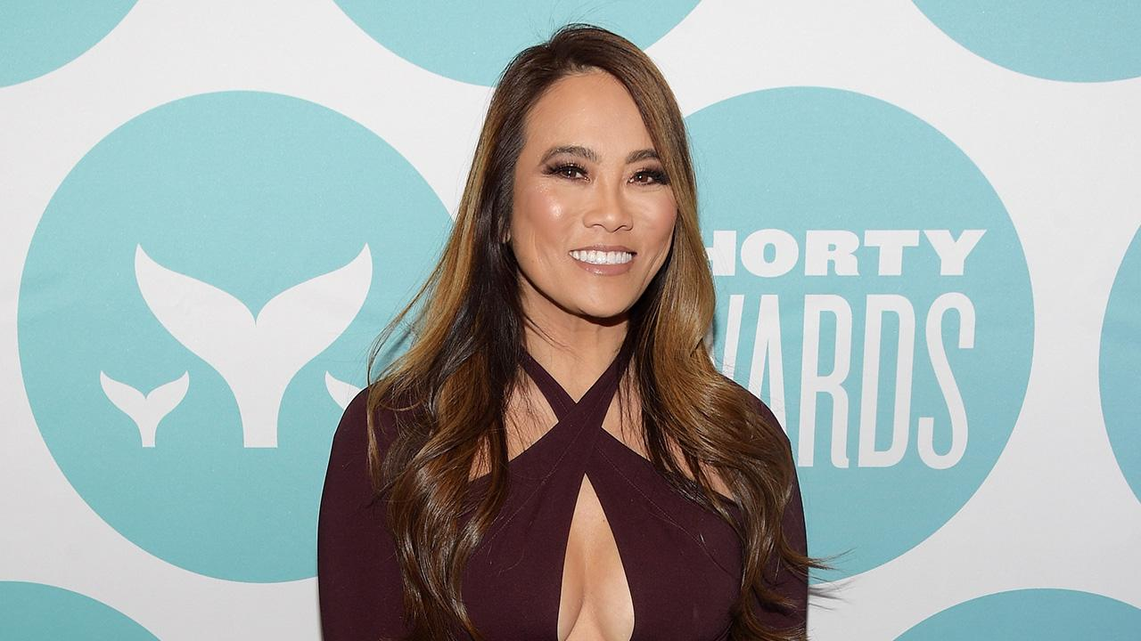 Dr  Pimple Popper Almost Passed on Her Hit TLC Show | PEOPLE com