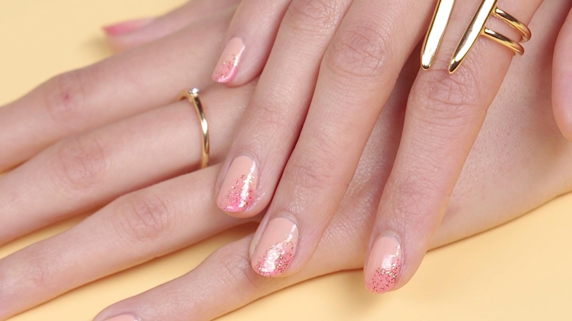 6 Top Coats That Make Regular Nail Polish Look Like a Gel Manicure ...