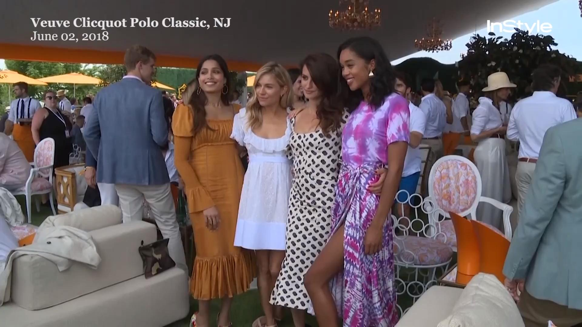 7 Easy Summer Work Outfit Ideas Meitaviamp039s Kulot Denim Midi Culottes