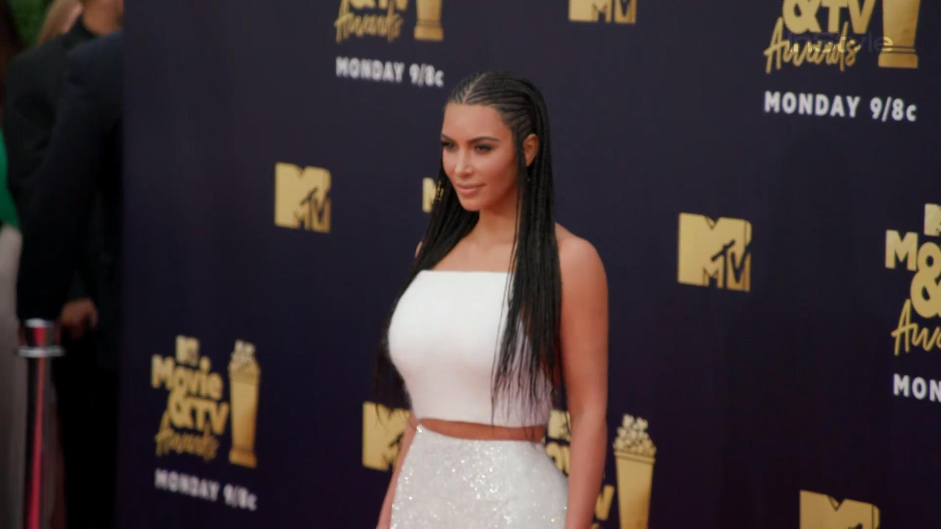 Kim Kardashian Wears Hair In Controversial Braids At Mtv Movie