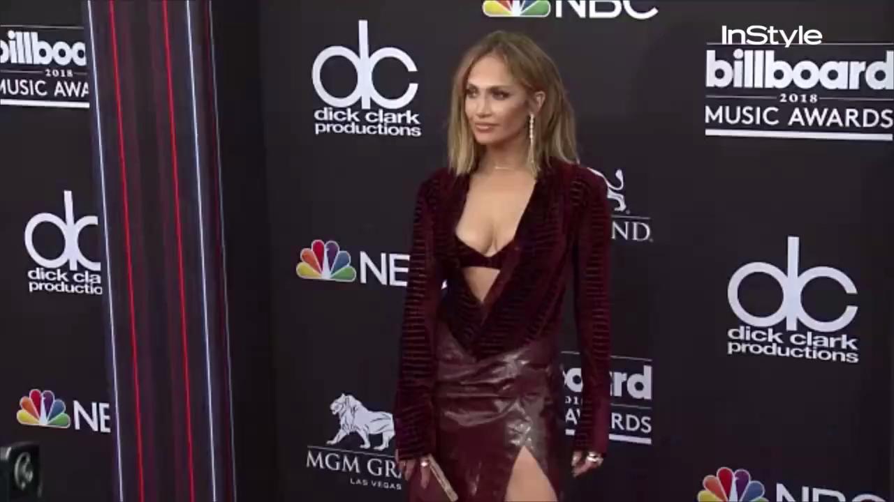 Jennifer Lopez Just Rocked a Pair of Distressed Sweatpants