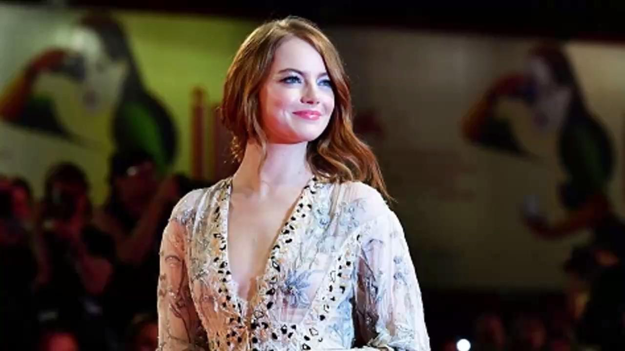 Emma Stone Injured Her Shoulder After Slipping on the Floor at Home