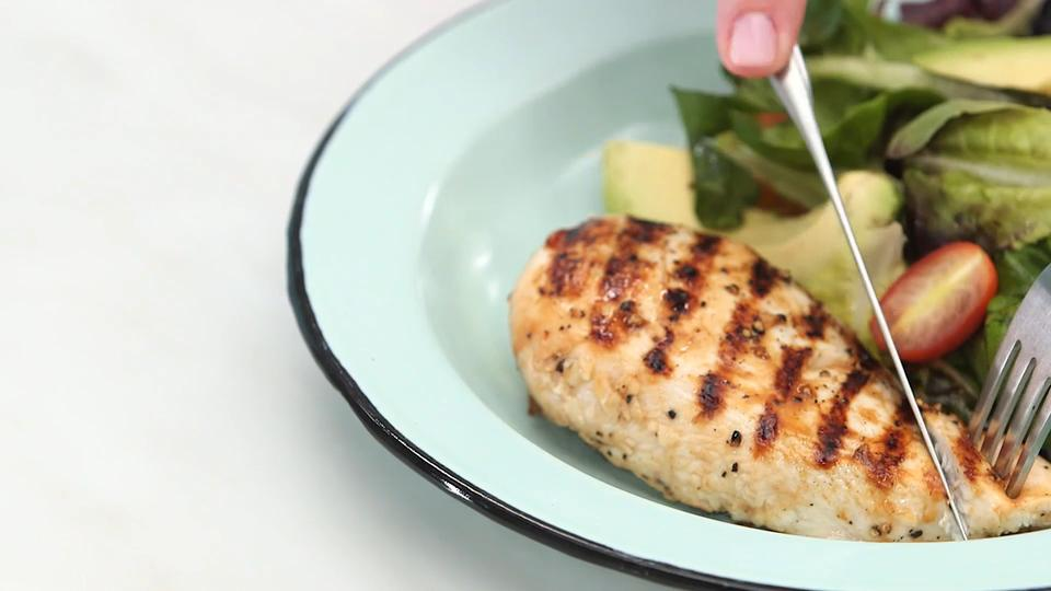 Lemon grilled chicken breasts recipe myrecipes forumfinder Gallery