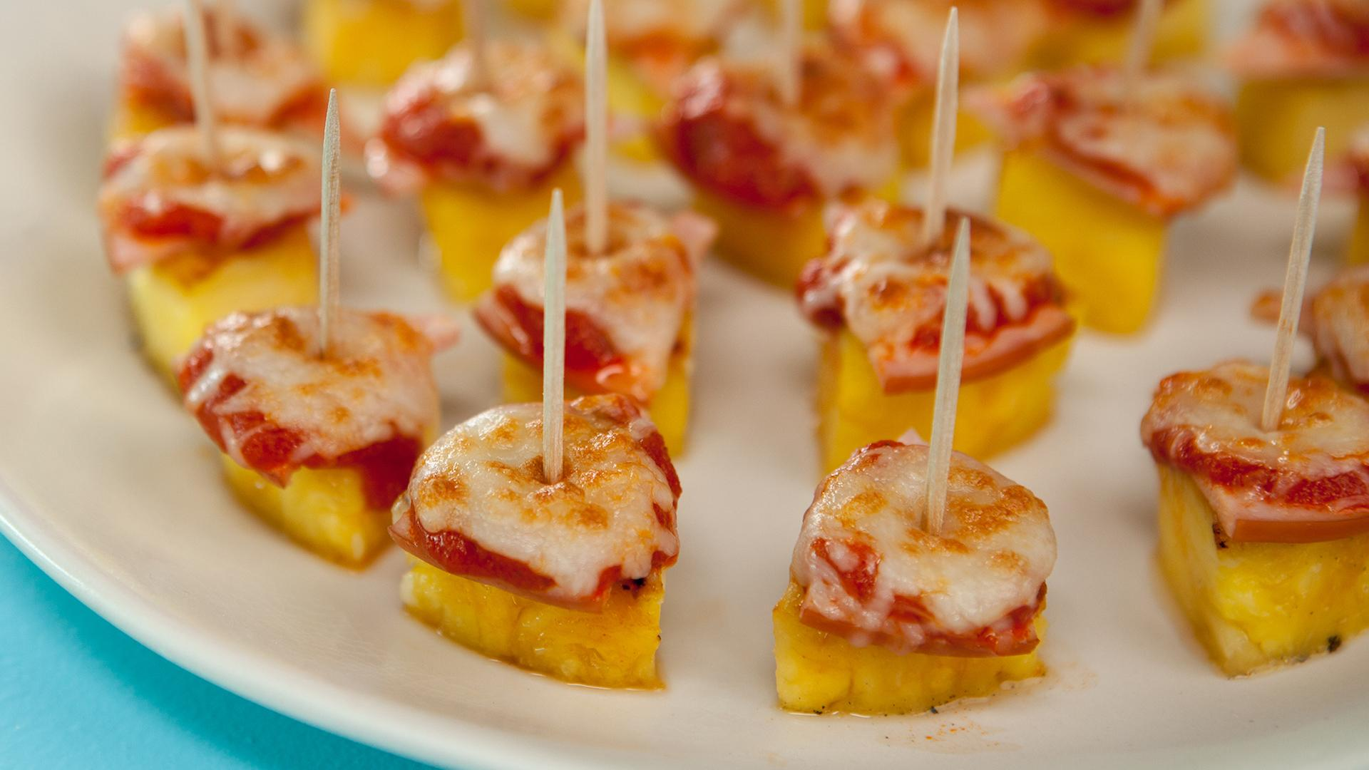 Pineapple Pizza Bites