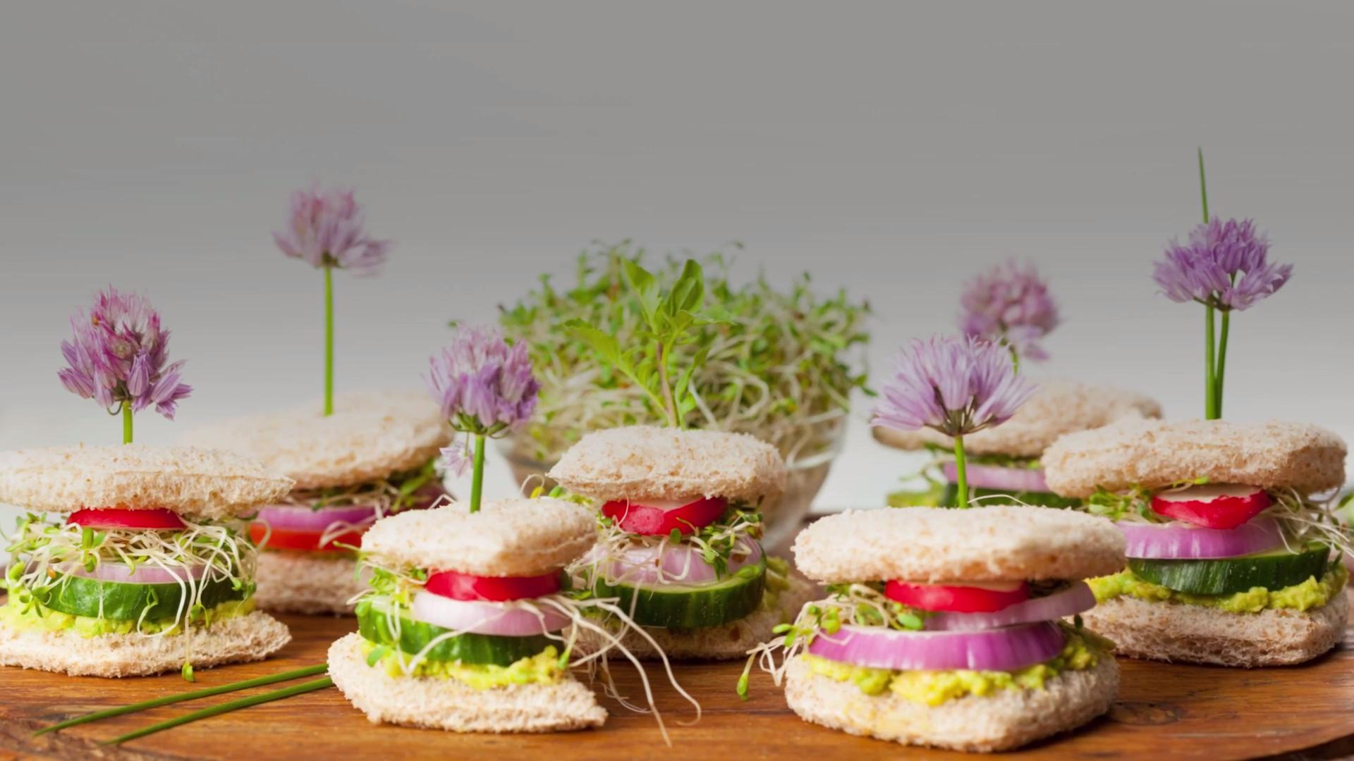 Chive Blossoms Are So Underrated—Here's What to Do With Them