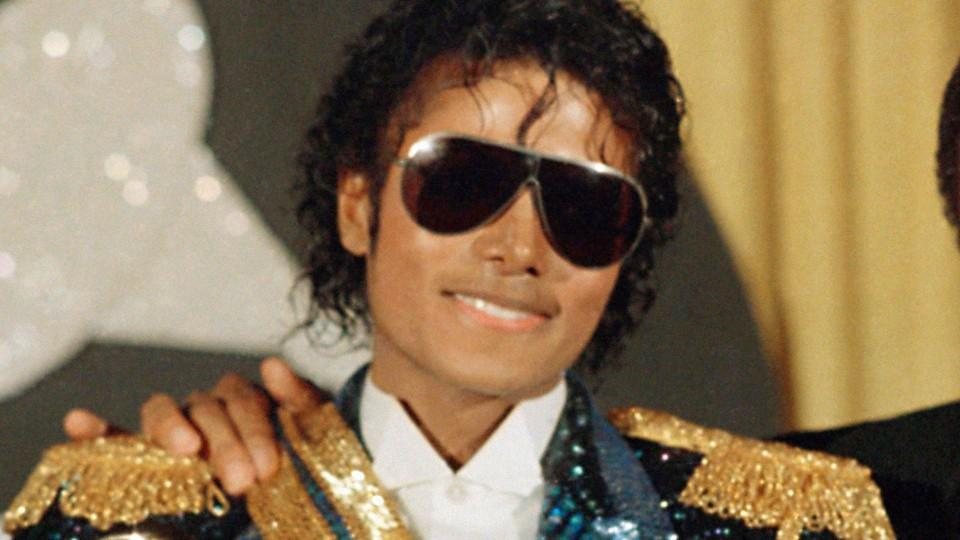 9d10d2fd3e0f6 Illesteva teamed up with the Michael Jackson Estate for an eyewear  collection inspired by the King of Pop - HelloGiggles