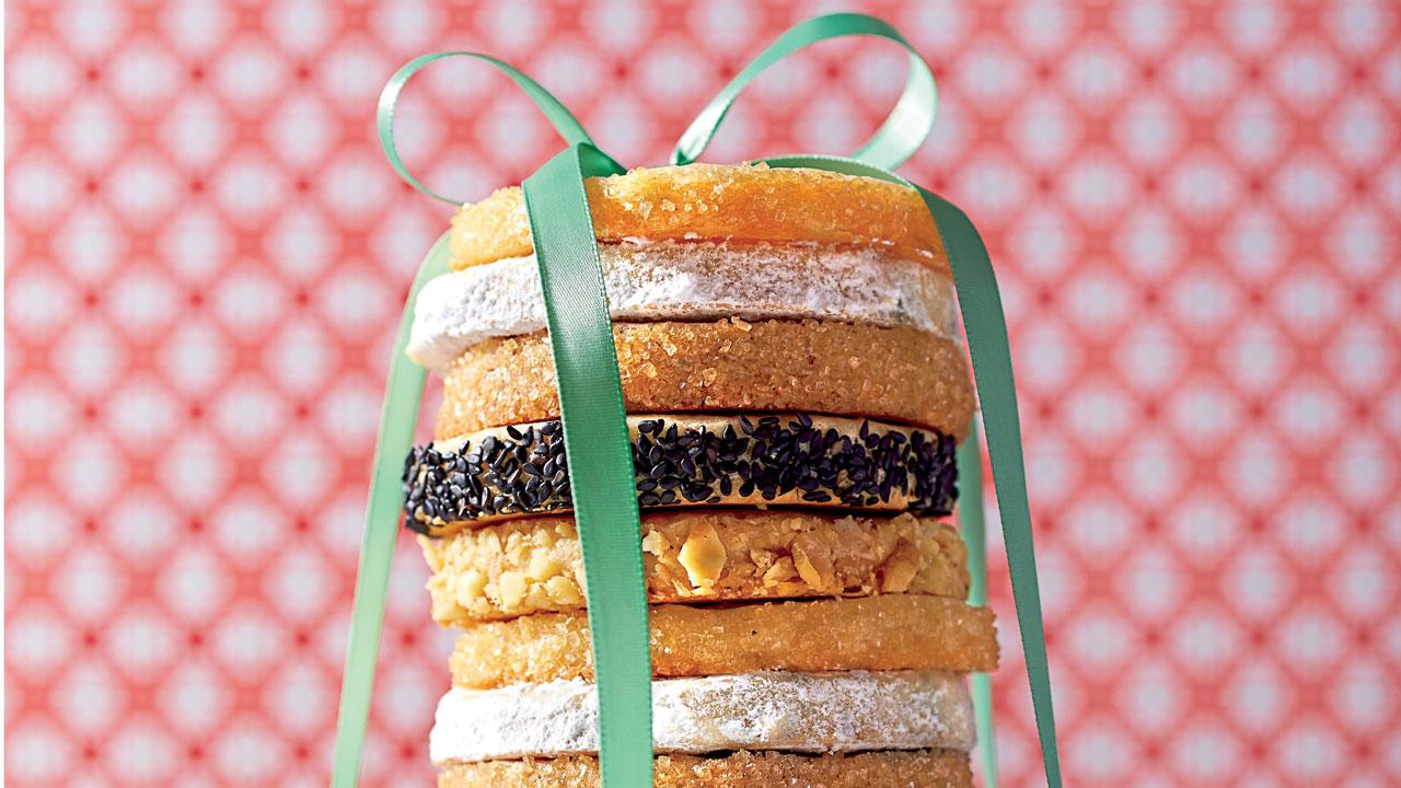 Make-Ahead Cane Syrup Slice 'N' Bake Cookies