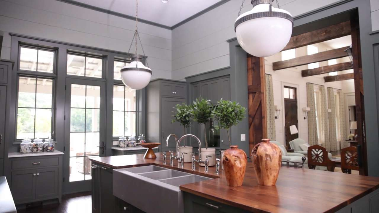 Traditional kitchen design ideas southern living for See kitchen designs