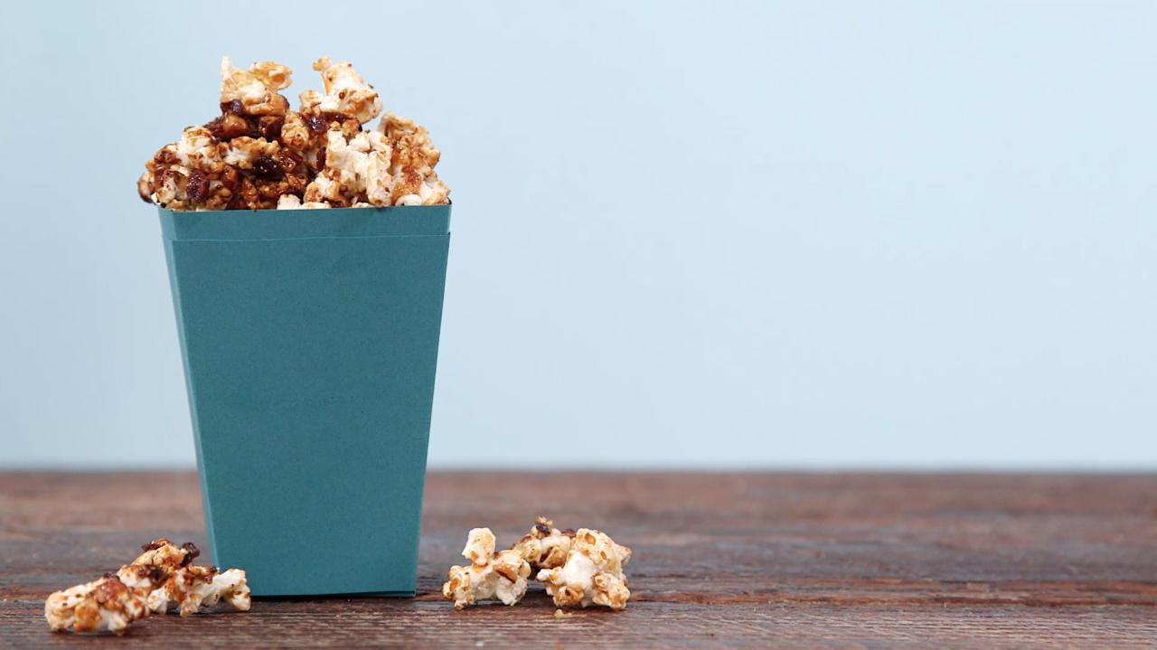 Caramel Bacon Popcorn