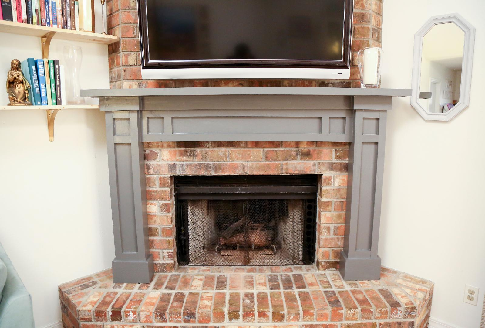 Dress Up Your Living Room With A DIY Fireplace Mantel