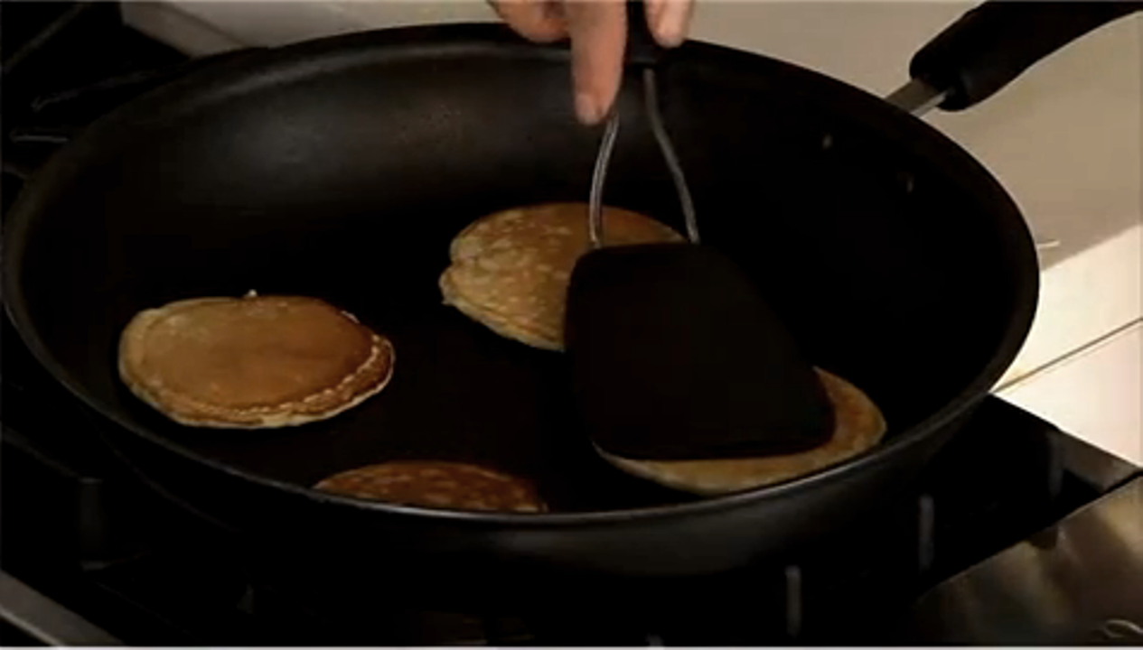 How to make pancakes properly video and steps ccuart Images